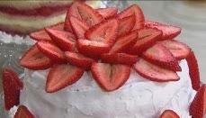 Bolo gelado de morango