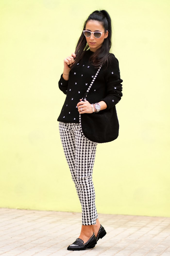 HOUNDSTOOTH PRINTED PANTS
