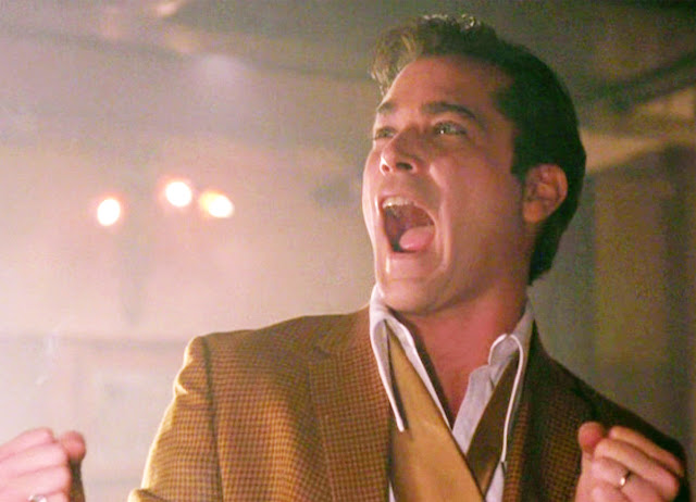 ray liotta laughing - 640×462