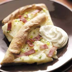 http://4.bp.blogspot.com/-QwRZE88Akf4/TaWc9Ls0R_I/AAAAAAAAAFU/PUmJxVFwRFc/s1600/Bake+Potato+Pizza.jpg