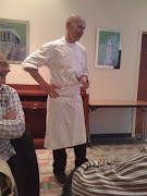 Notre chef cuisinier,  Grégoire Sein, en plein exposé...