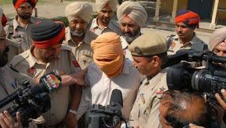 Pihak berkuasa India silap hantar mayat