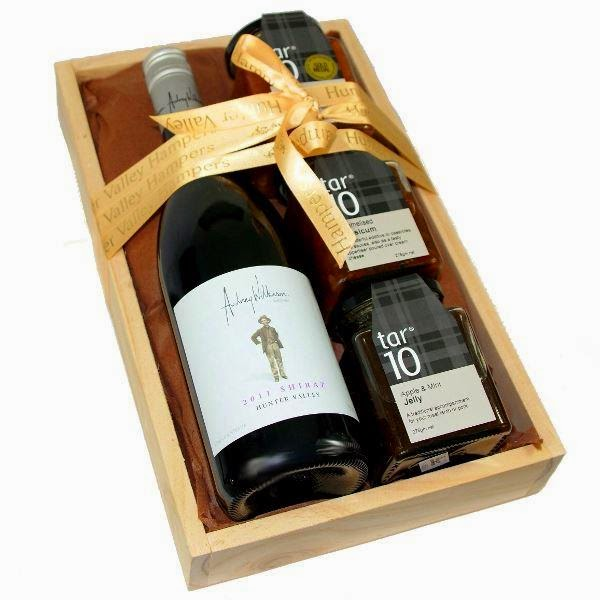 #huntervalleyhampers wine gift box