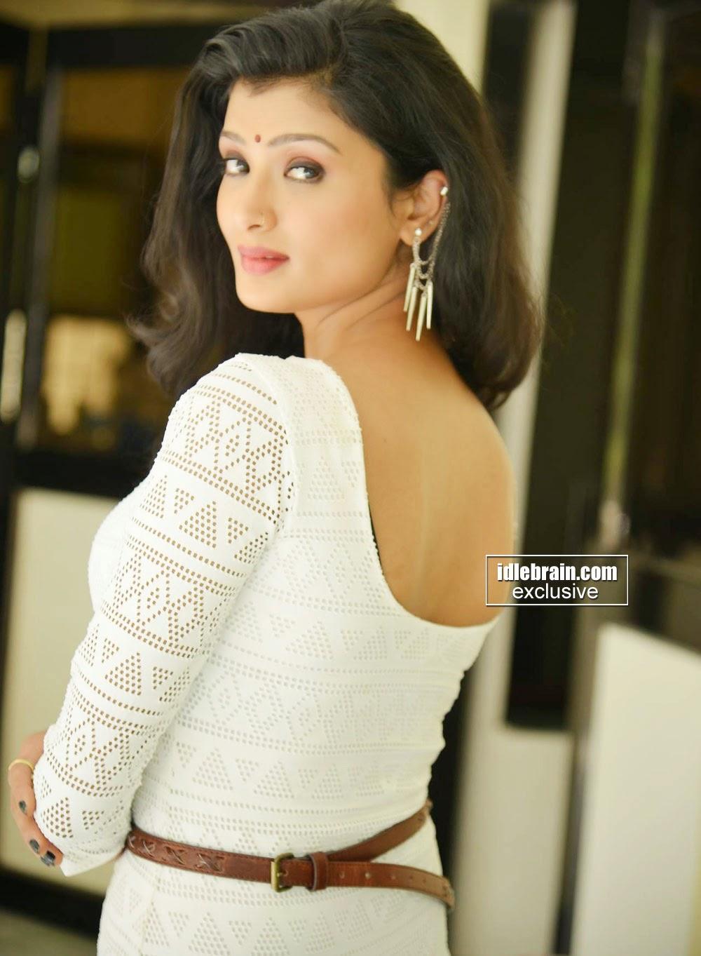 ishita vyas hot photo shoot pictures bollyhitz