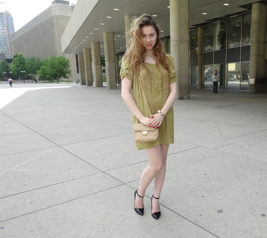 Annie Robinson, Annie Robinson Fashion Blogger, Fashion & Beauty Inc, Accessory Fanatic