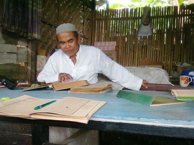 Dilarang Berfatwa Langsung Dari Al-Qur'an Dan Sunnah Tanpa Kitab Kuning