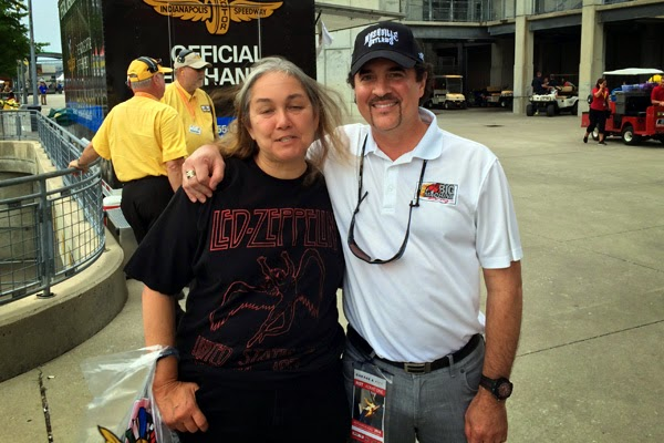 NASCAR Race Mom had the opportunity to meet Big Machine Records, Founder Scott Borchetta. #crownheroes #jww400 #reignon #nascar