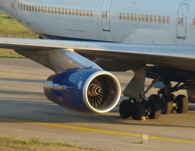 Simulando o voo BA0247: de Heathrow a Guarulhos no Boeing 747  Motor+RB-211+747