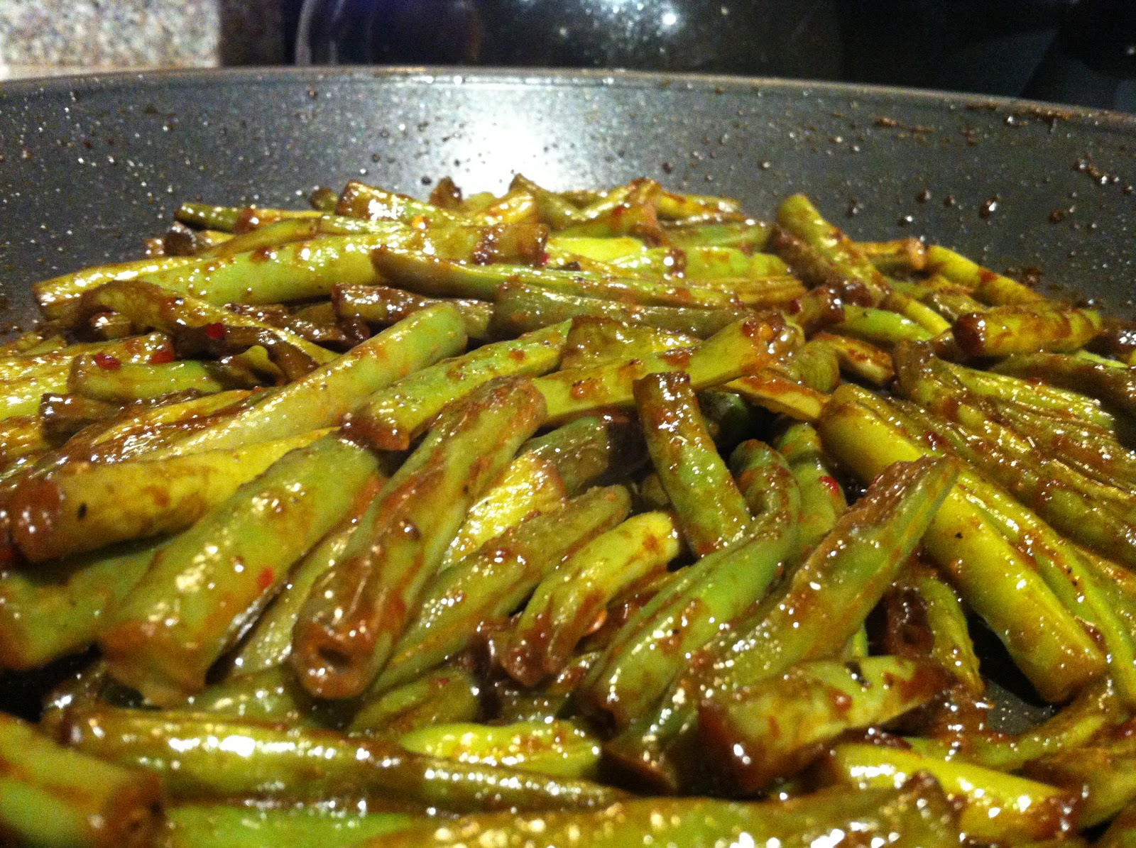 The Lotus Bar: Faux Wok-Style Chinese Green Beans