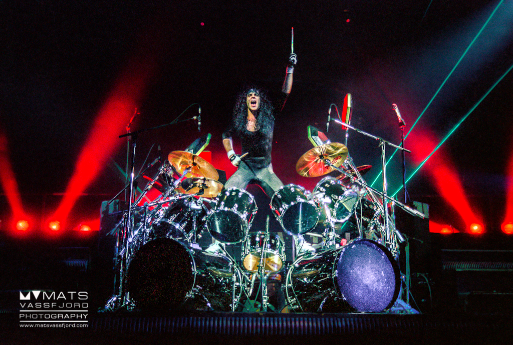 Kiss Hot In The Shade Tour