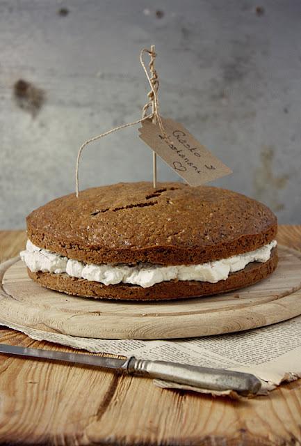 Ciasto z kremem kasztanowym i bitą śmietaną