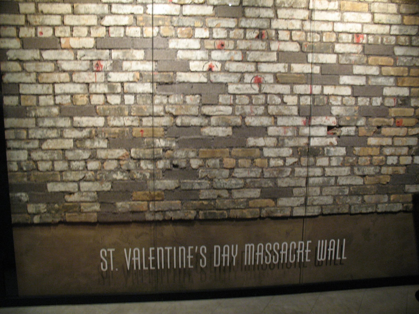 st valentines masacre essay The saint valentine's day massacre is the name given to the 1929 murder of seven mob associates as part of a prohibition-era conflict between two powerful.