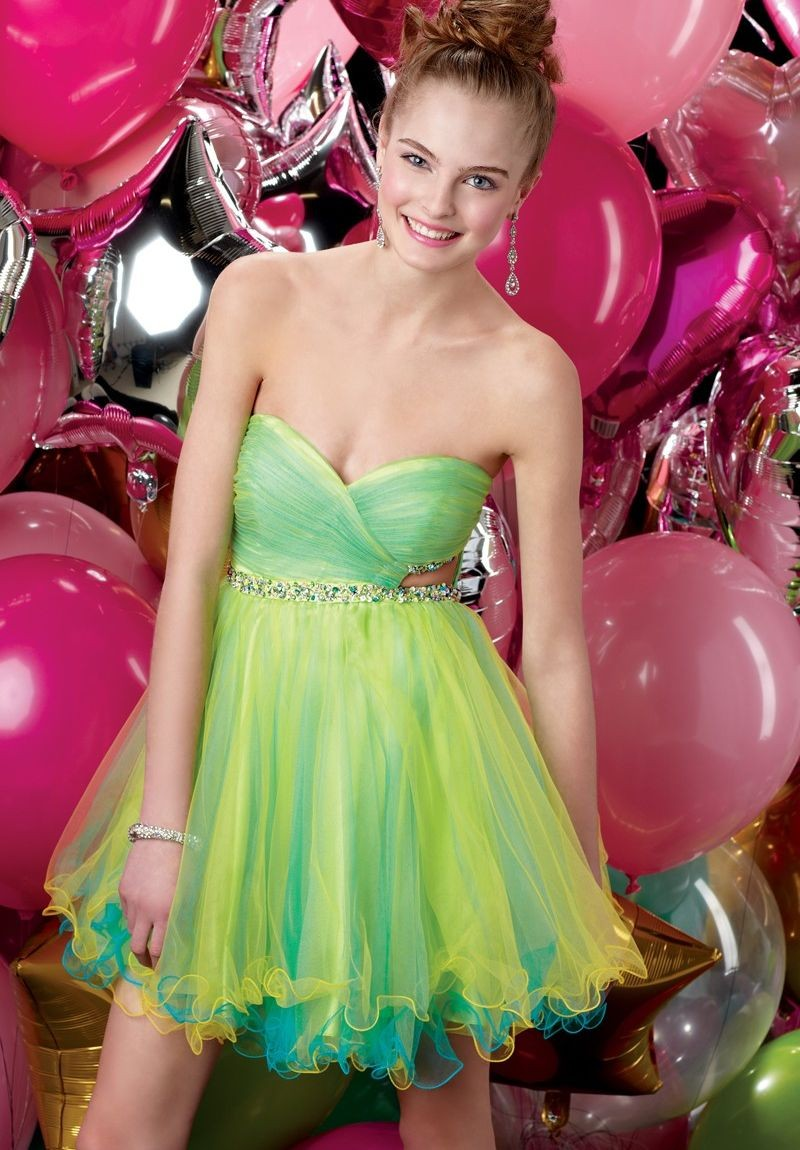 Organza Strapless Sweetheart A-line Short Cocktail Dress