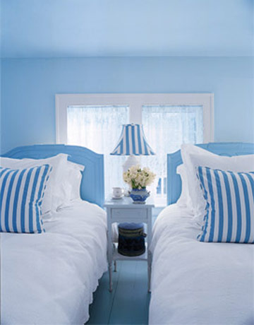 healthy wealthy moms romantic blue and white bedrooms