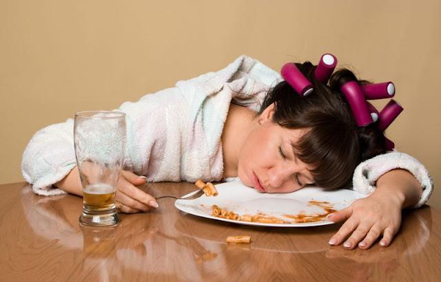 Дневная сонливость и слабость после еды.