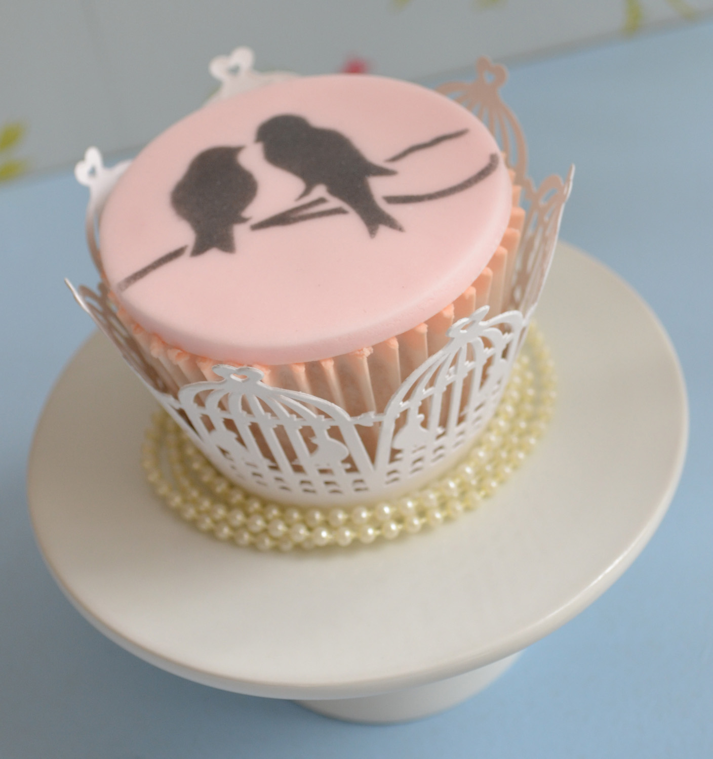 Little Paper Cakes Vintage Wedding Cupcakes