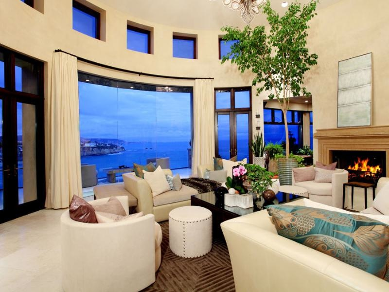 Most beautiful houses in the world beautiful luxury for Beautiful rooms in houses