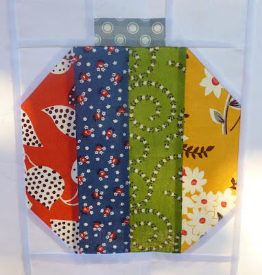 red blue green yellow vintage holiday christmas quilt block