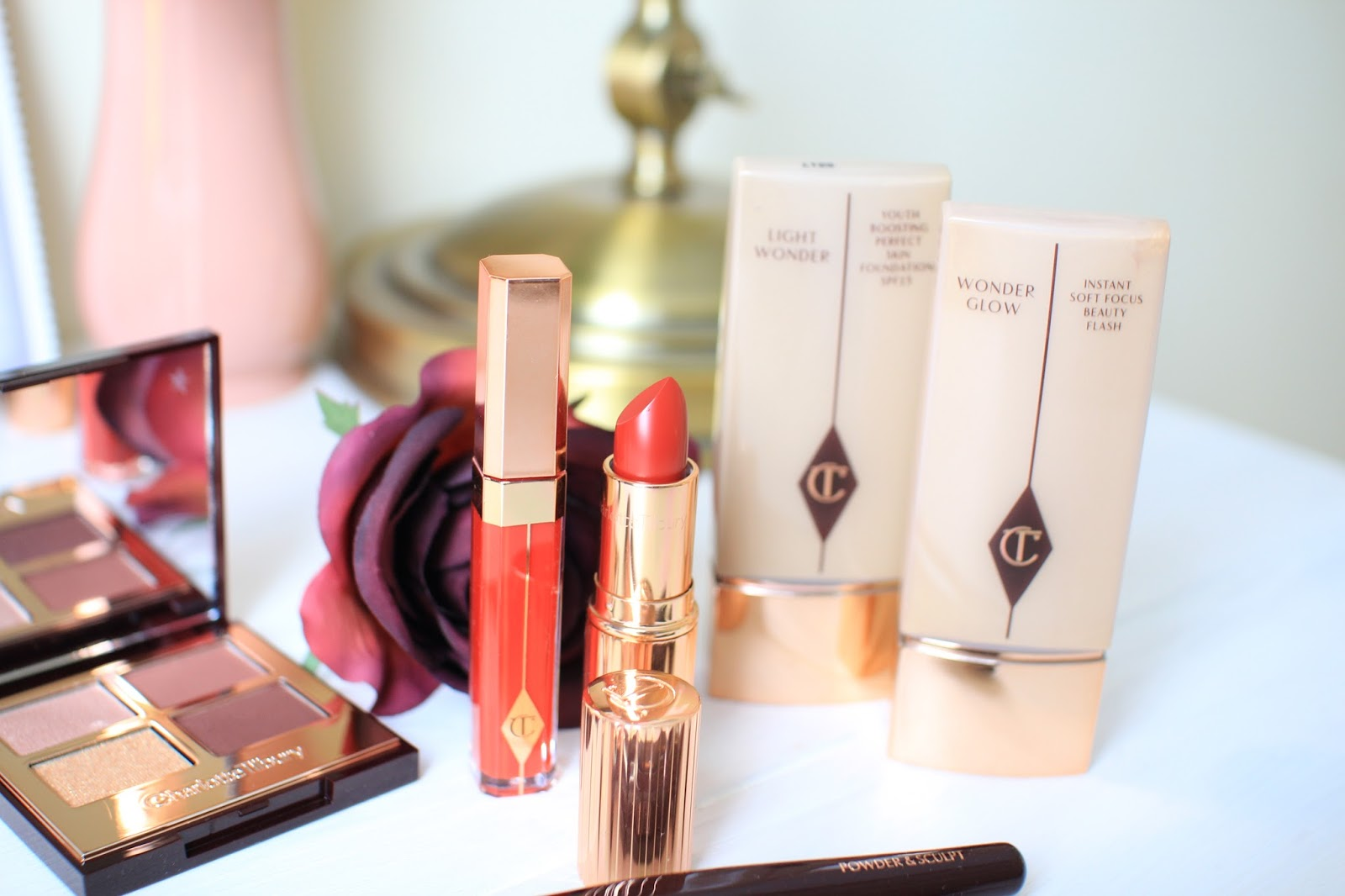 Charlotte Tilbury k.i.s.s.i.n.g. lipstick in so marilyn
