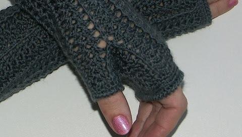 палец в митенках крючком