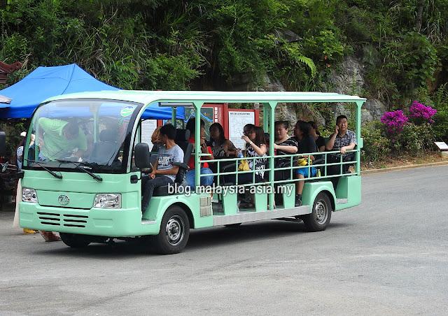 Yunyang Longgang Scenic Spot Shuttle Service