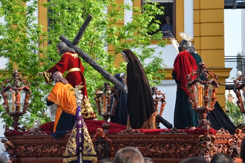 Santo Cristo de la Misión y Nuestra Señora del Amparo - Sevilla