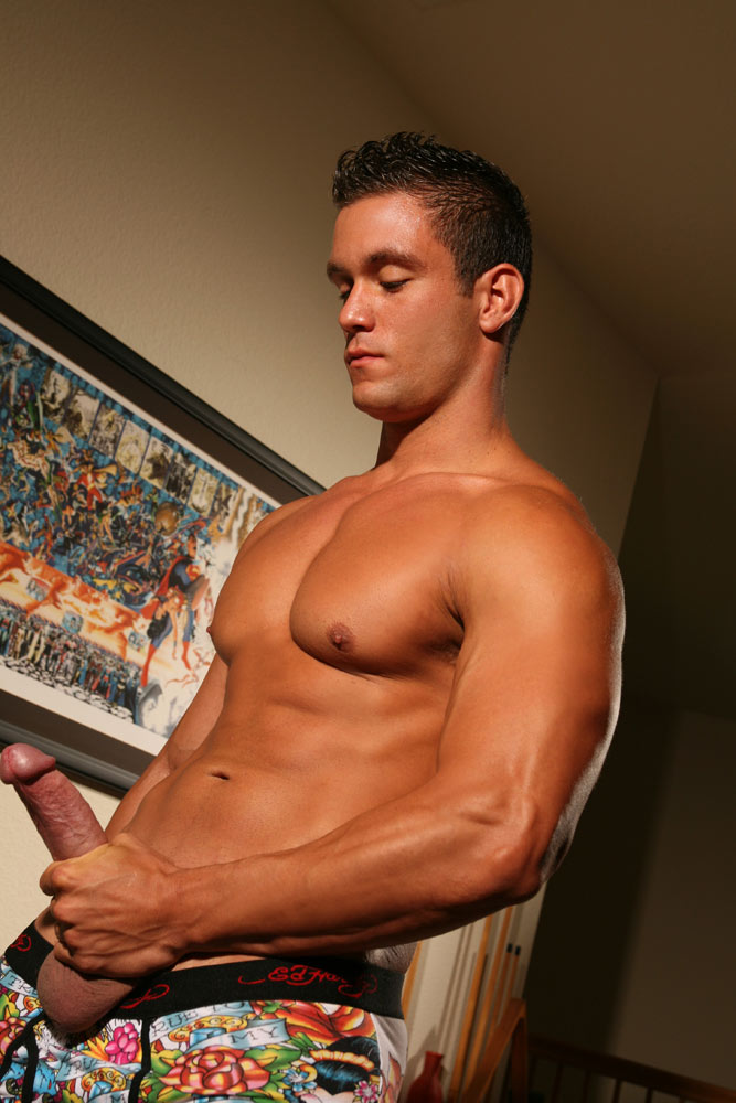 naked price Model william