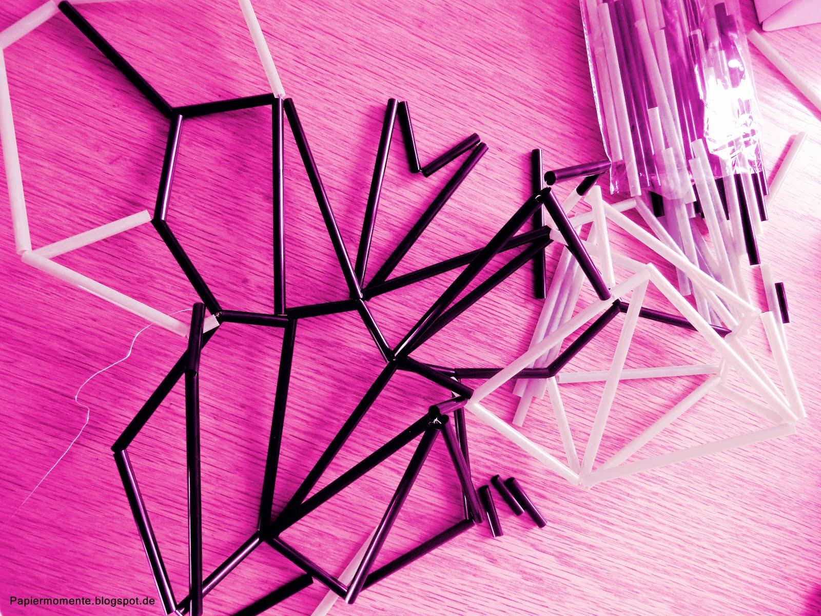 wiola 39 s papiermomente schmetterling himmeli. Black Bedroom Furniture Sets. Home Design Ideas