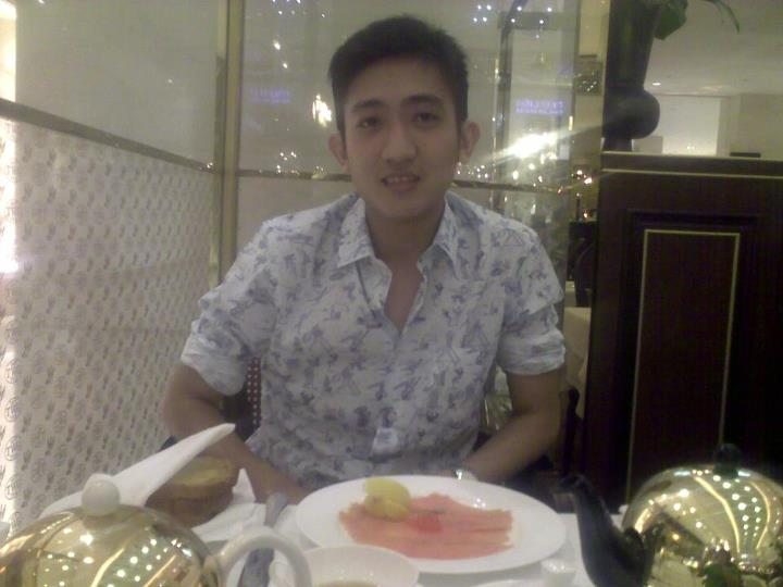 twgtea_with_prada_cartoon_print.jpg