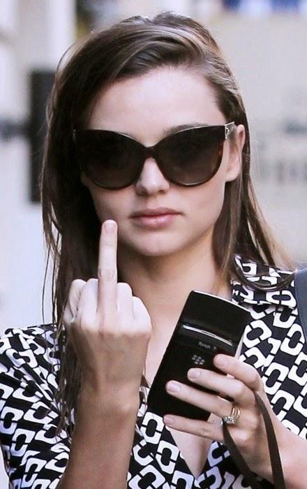 Miranda Kerr okulary sloneczne