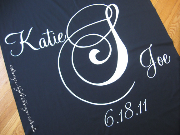 another gorgeous black and white wedding aisle runner