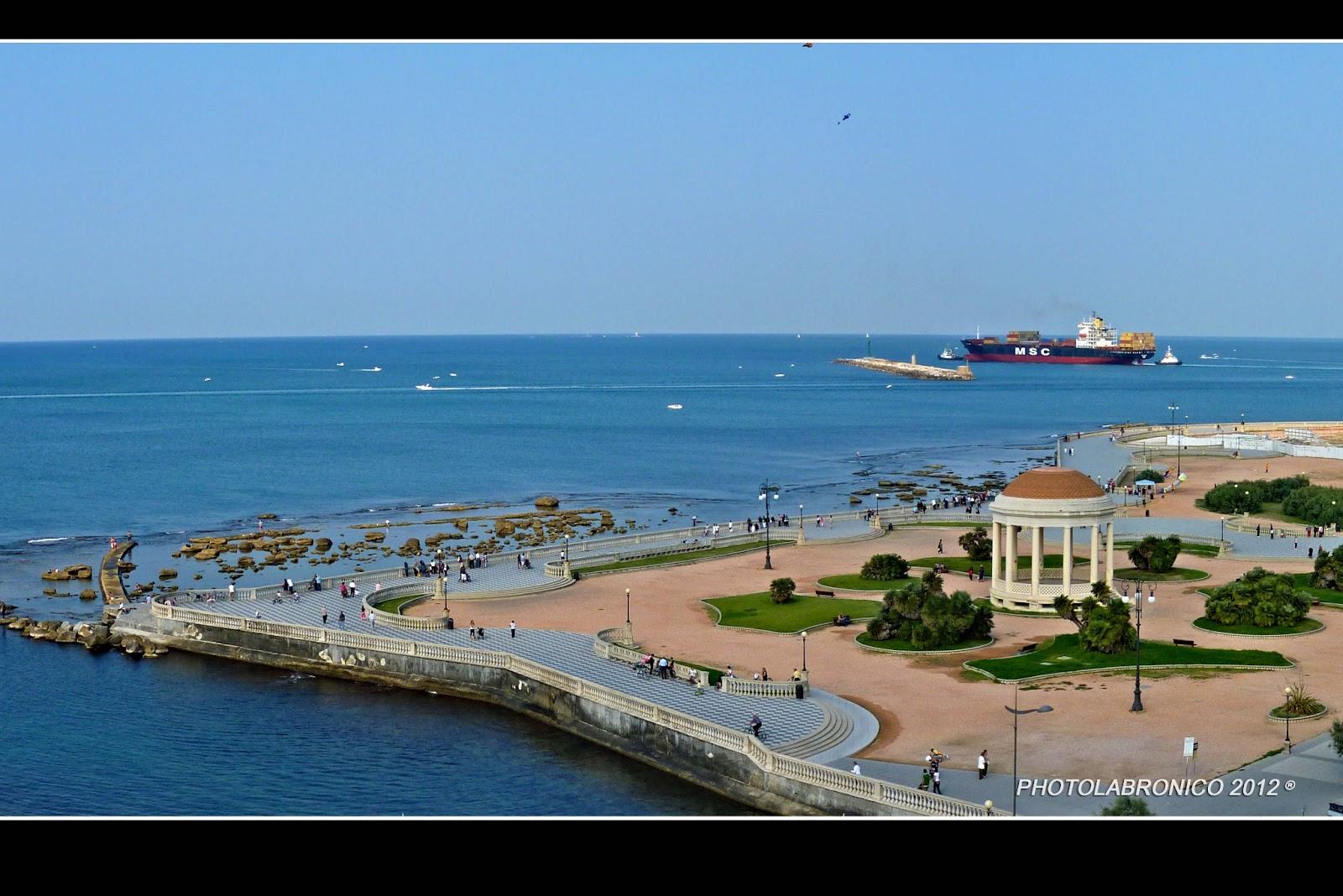 Photolabronico: Immagini della Terrazza Mascagni a Livorno