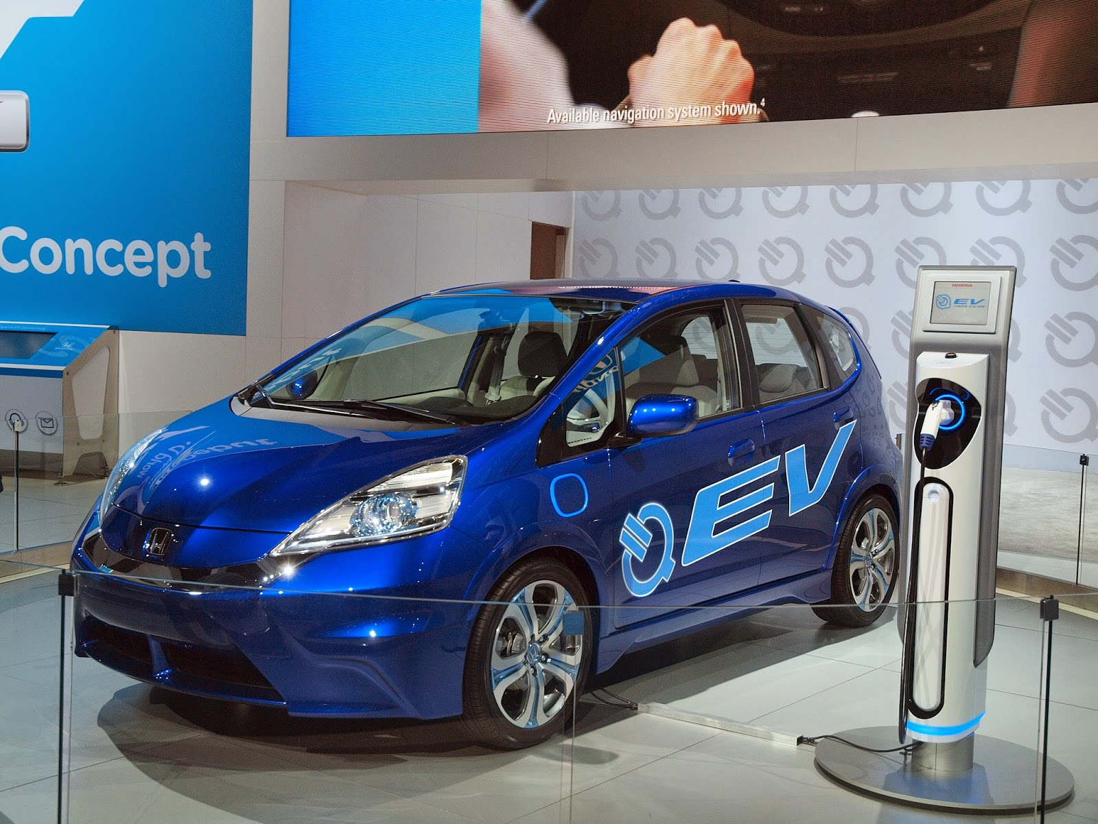 Honda Fit EV concept unveiled at the 2010 Los Angeles Auto Show.