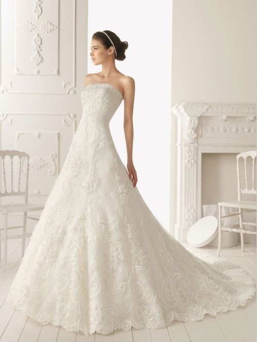 Bride in dream inspiration for elegant wedding dresses for Most elegant wedding dresses