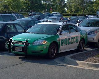 green police car
