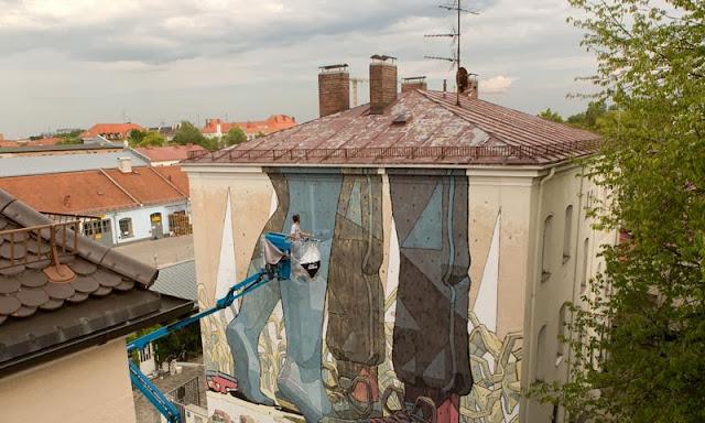 Street Art By Spanish Artist Aryz For Positive Propaganda In Munich, Germany. 2
