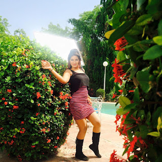 bhojpuri actress poonam dubey walpaper 7.jpg