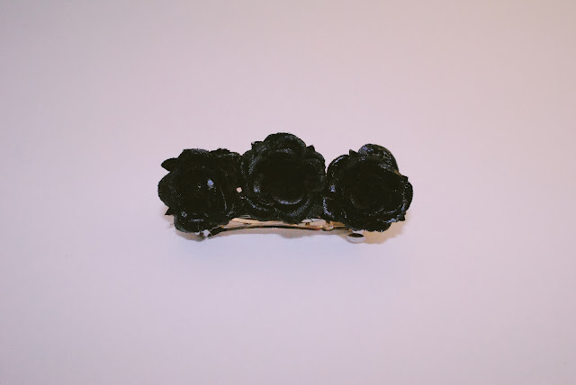 Handmade Crimson Rose Hair Clip Product Photo