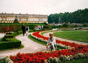 路德维希的又一个著名皇宫。Herreninsel im Chiemsee.(点击图片)