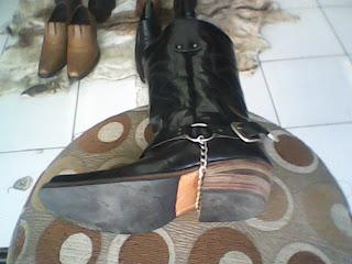 sepatu wanita gaya