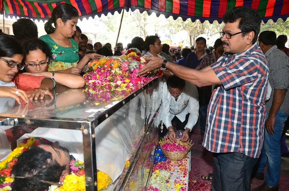 Telugu Hero Uday Kiran Condolences-HQ-Photo-7