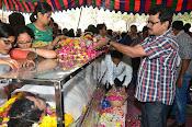 Telugu Hero Uday Kiran Condolences-thumbnail-7