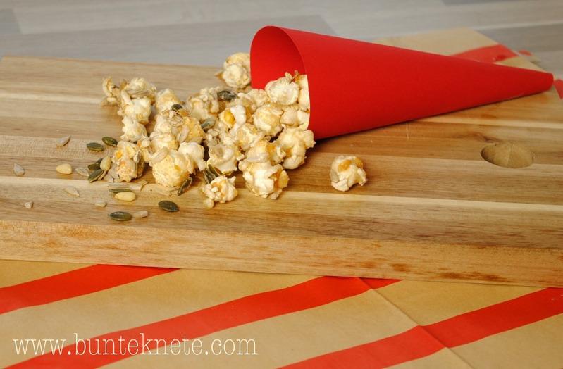 bunte knete von frl p ng greif zu karamell popcorn mit biss. Black Bedroom Furniture Sets. Home Design Ideas