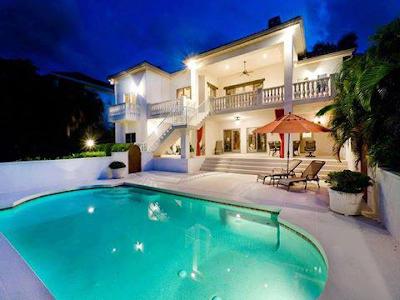 desain kolam renang di belakang rumah ~ design rumah