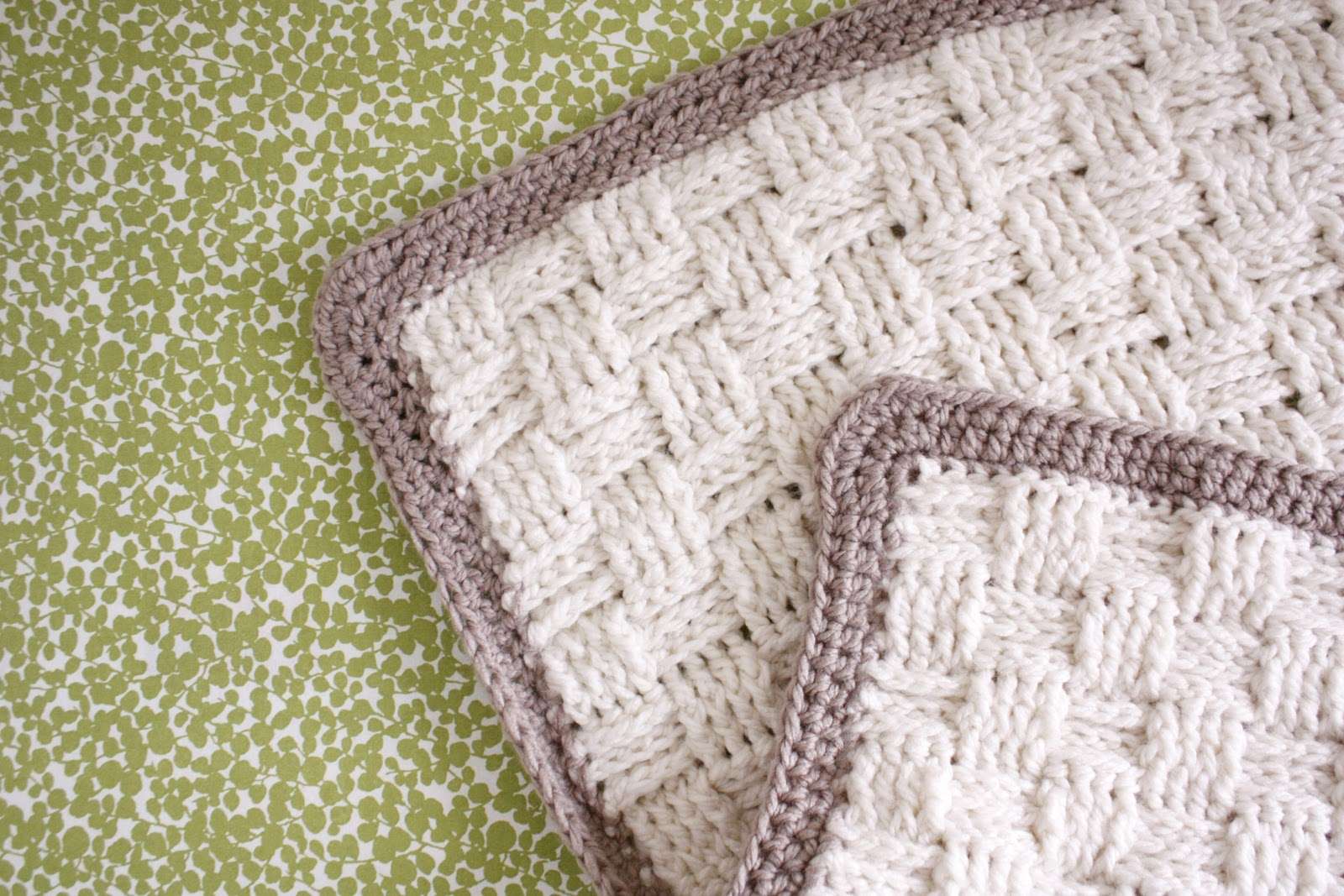 Basket Weave Knitting Pattern Baby Blanket : Nesting basket weave crochet baby blanket