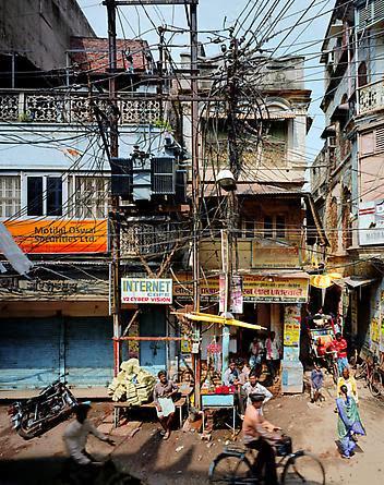 Robert Polidori Street Scene, Varanasi India, 2007