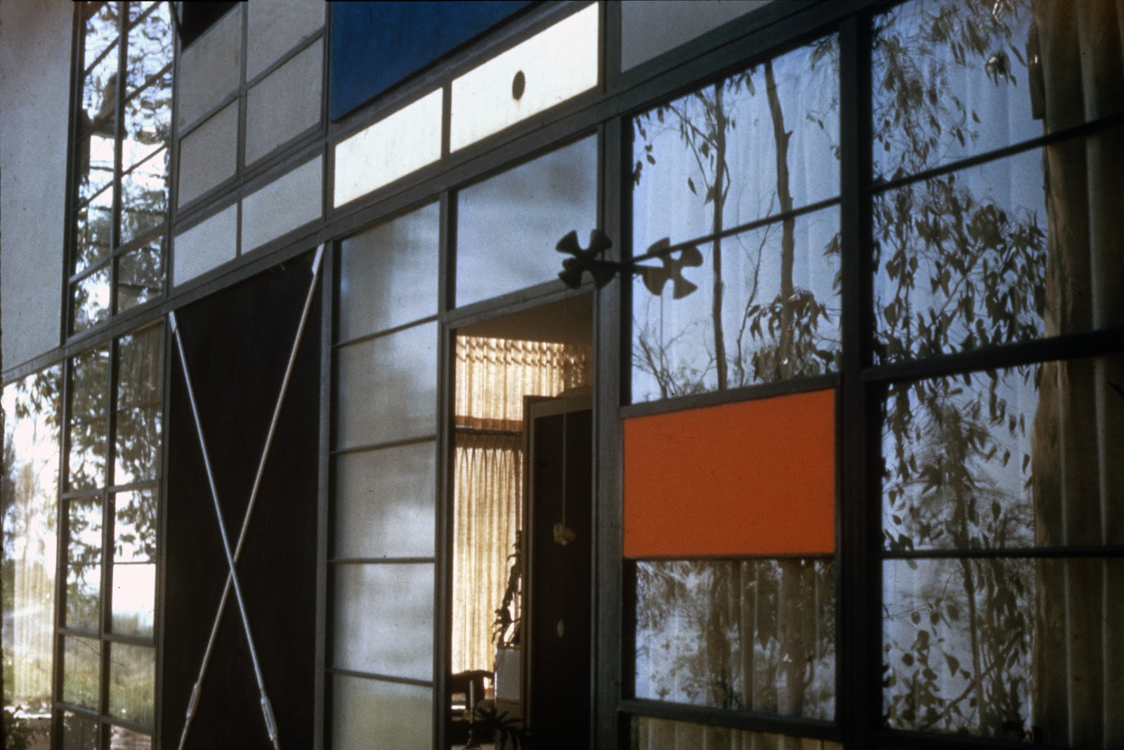 Ray Eames  interest in  Eames House Exterior