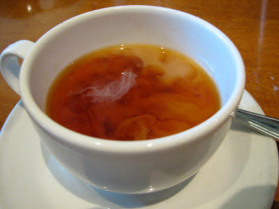 Adding Milk to Tea Destroys its Antioxidants..??