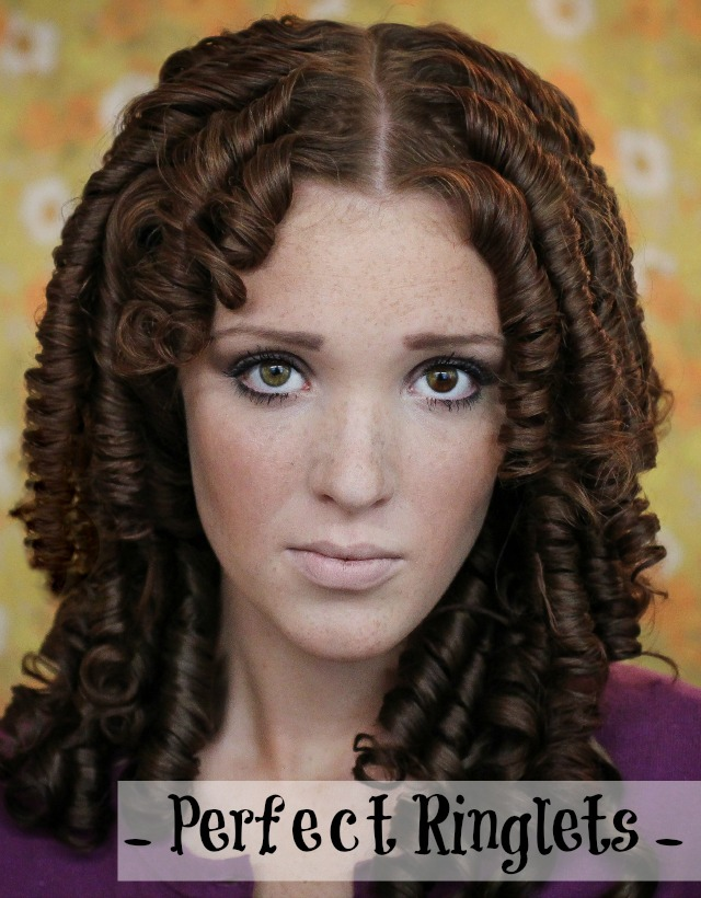 The Freckled Fox Holiday Hair Week Tutorial Perfect Ringlets - Hairstyle ringlets curls