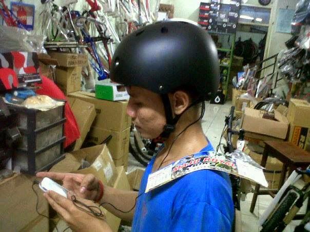 Helm Mp3